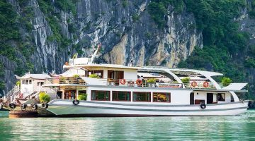 Wonder bay Luxury cruise Halong bay